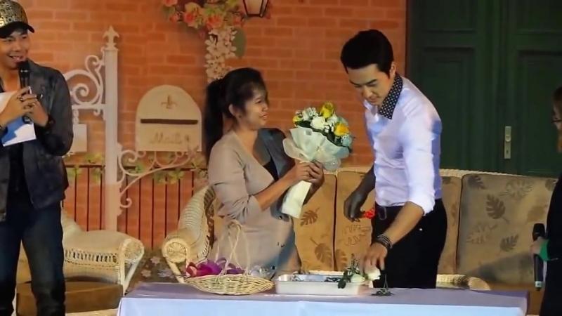 Розы на фанмитинге вТаиланде Song Seung Heon - Thailand Fan Meeting - Flowers (1)