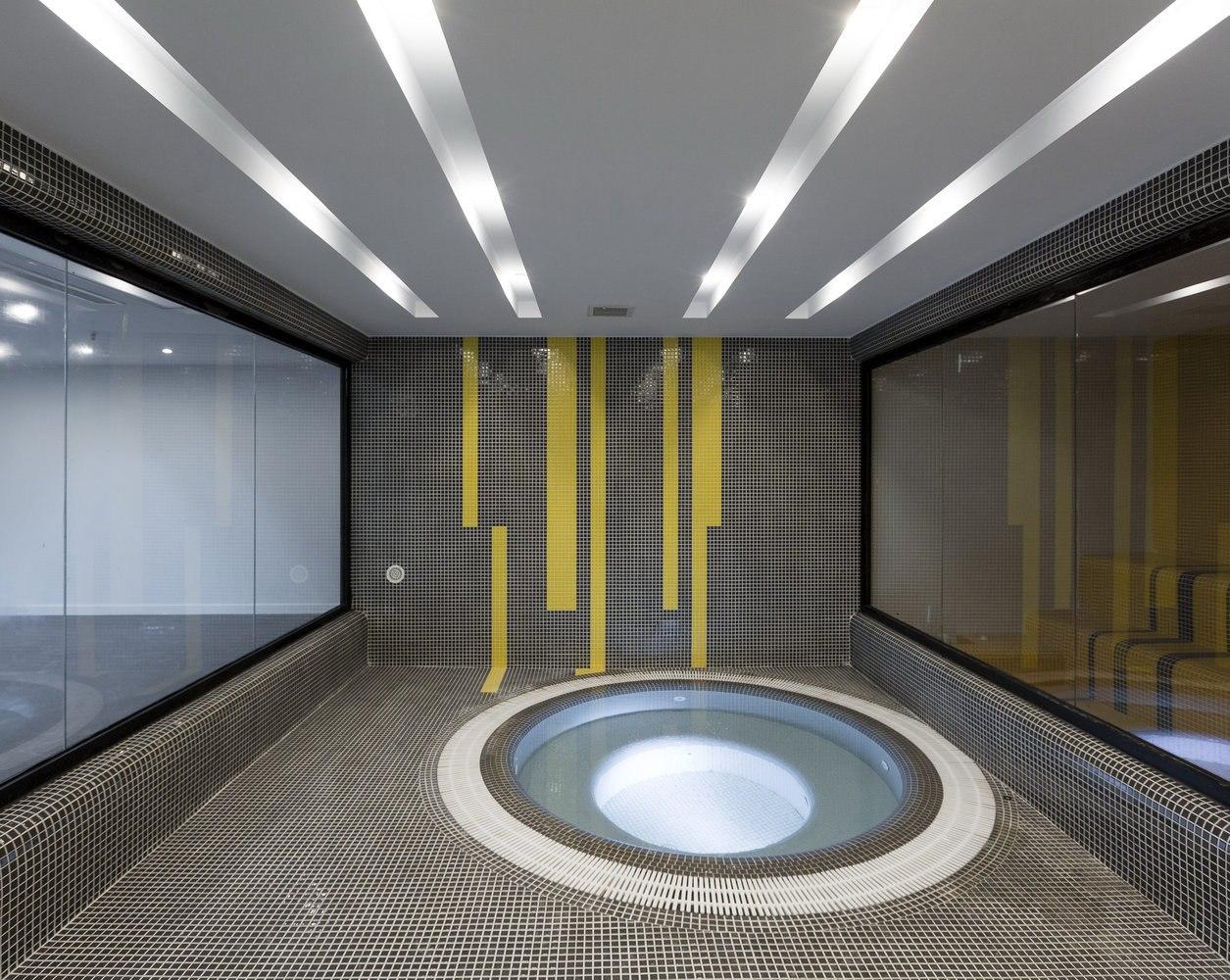 Park Residential / Behzad Atabaki Studio