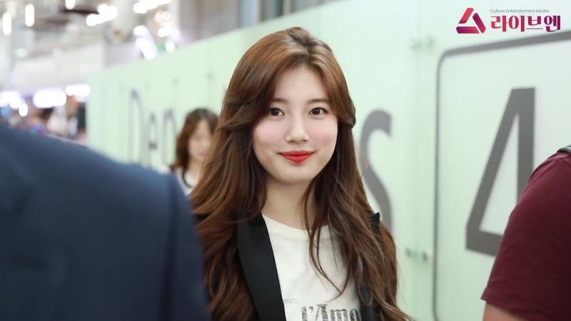 180719 Suzy in Incheon Airport for Taiwan