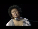 Roberta Flack - Killing Me Softly With His Song (Live 1975)