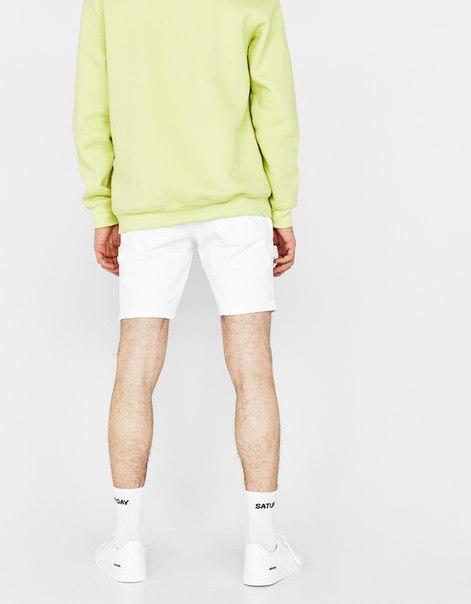 Джинсовые шорты скинни комфортного кроя