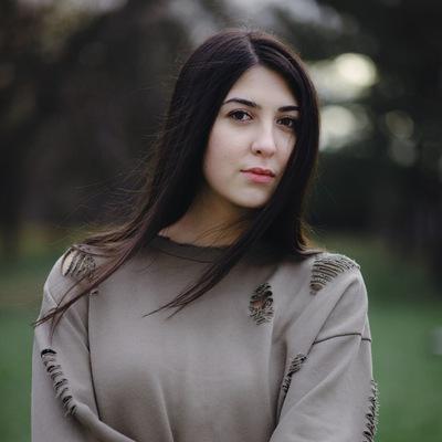 Эльза Юсуфова