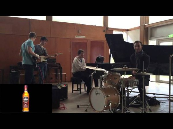 Aberdeen University Big Band Presents the Glenfiddich 15 Year Old (melody 3)