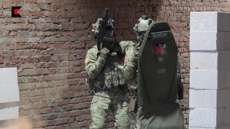 Пистолет пулемет Витязь и пистолет Ярыгина Концерн Калашников