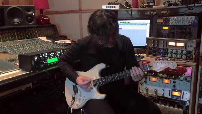 Экс.гитарист группы Кино Ю.Каспарян и бас.гитарист группы Кино А.Титов: Музыка из песни Виктора Цоя - звёзды останутся здесь