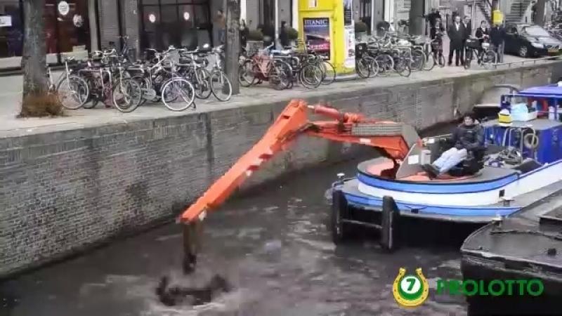 Когда уронил выигрышный билет в реку