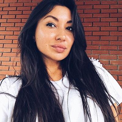 Элина Хадыева