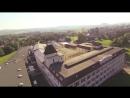 Удивительный вид с воздуха на фабрику «К. Бехштейн» в Зайфхеннерсдорфе (Саксония).