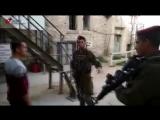 Palestine - Al-Khalil (Hébron) : Dans le seul but dhumilier les Palestiniens !! 4 mars 2018