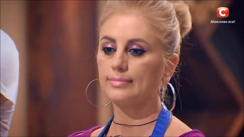 Я думаю она Карине завидует, что Карина красивая, эффектная женщина, а Юля просто жирна неудачница