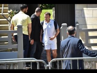 Grève SNCF : Macron est prêt à aller au combat... oui, mais pas de suite aujourd'hui il a tennis !!