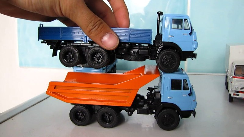 Масштабная модель грузовика КАМАЗ-5320 Dea в масштабе 1:43
