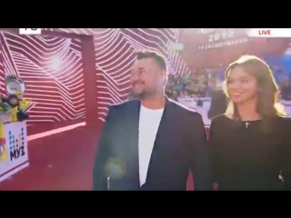 Сергей Жуков и Регина Бурд Премия МУЗ-ТВ 2018! Красная дорожка 08.06.2018