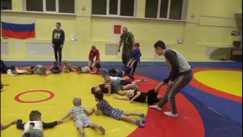 Отделение самбо спортивного клуба Самбист приглашает детей от 3-х лет в спортивно-оздоровительные группы