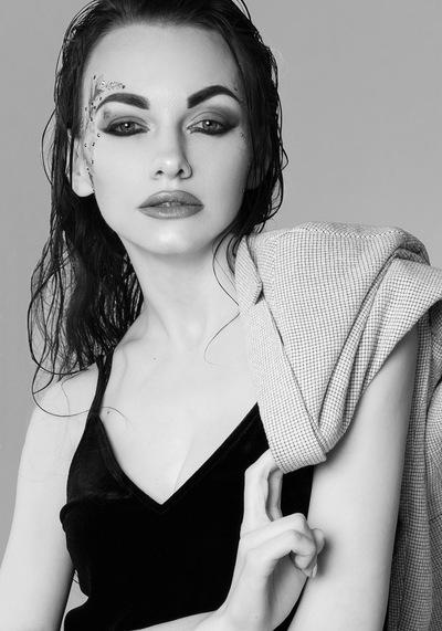 Есения Астра