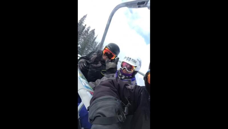JustinGaethje отдыхает в горах после тяжелого боя с EddieAlvarez