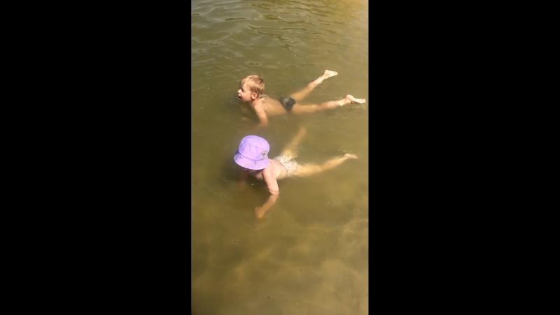 Плаваем