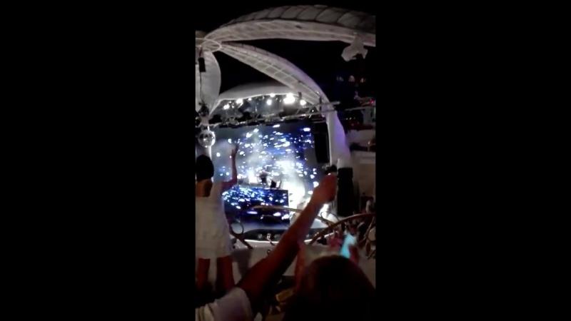 потрясающая музыка и атмосфера в присутствии Армина Ван Ббрена в Одессе