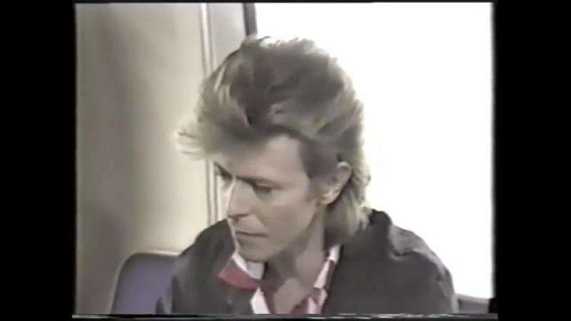 ⚡️David Bowie ⚡️ в Instagram «glass spider tour in Ireland 87 . i spy @goconstance @mrpeterframpton davidbowie davidrobert