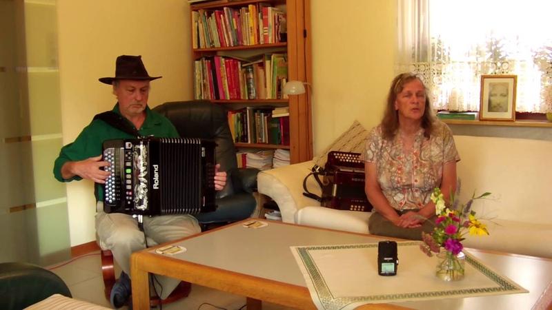 Das alte Försterhaus - gesungen und gespielt auf Roland FR 18 digitales Akkordeon