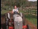 — Ирка, ты куда на тракторе едешь — В солярий. — А зачем — За соляркой!.😃