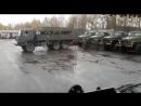 Как разгружают русские военные.