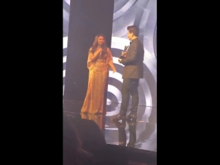 Гаури Кхан на церемонии награждения Hello Hall Of Fame