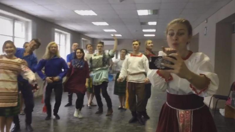 Горячие финские парни и ТанцуйНародный