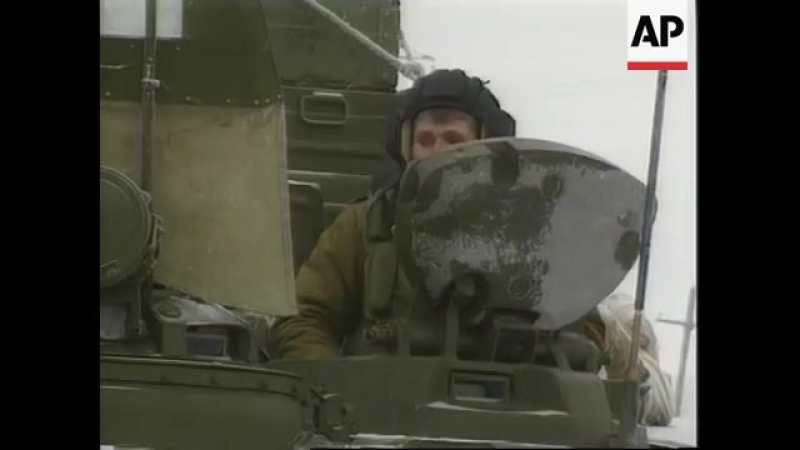 Chechnya - Russians Reinforce Troops Around Grozny