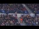 Зажигательный танец уборщицы стадиона