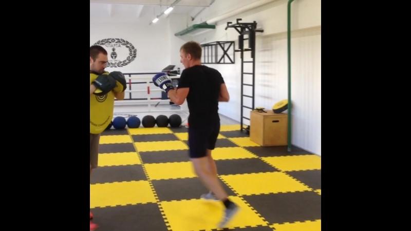Клуб бокса Спарта Нижнекамск - шевелим ноги Эдуарда