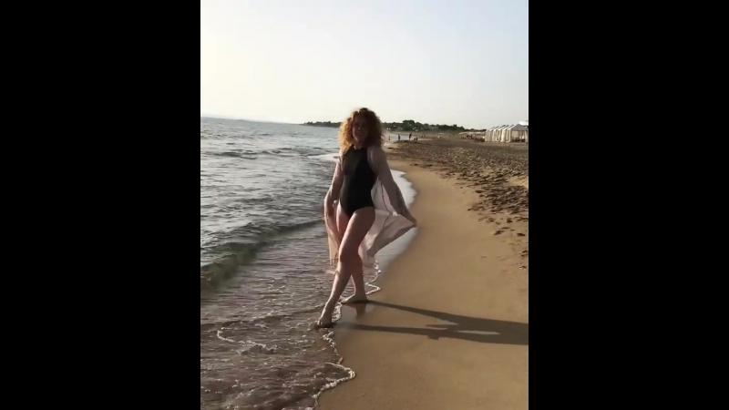 Кас на пляже