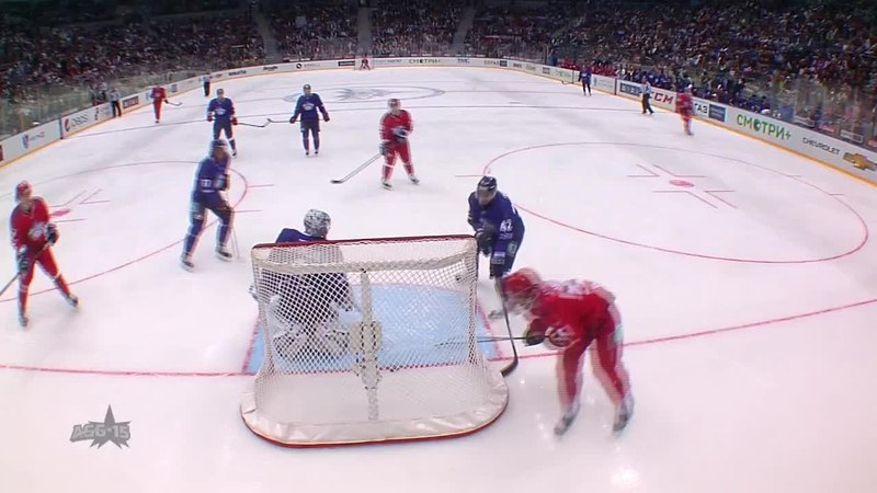 Моменты из матчей КХЛ сезона 14 15 Гол 4 3 Никита Гусев Восток броском с правого фланга огорчил голкипера шайба нашла щел
