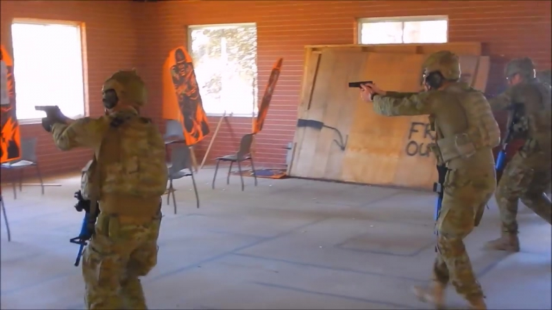 DE OPPRESSO LIBER I Australian army training