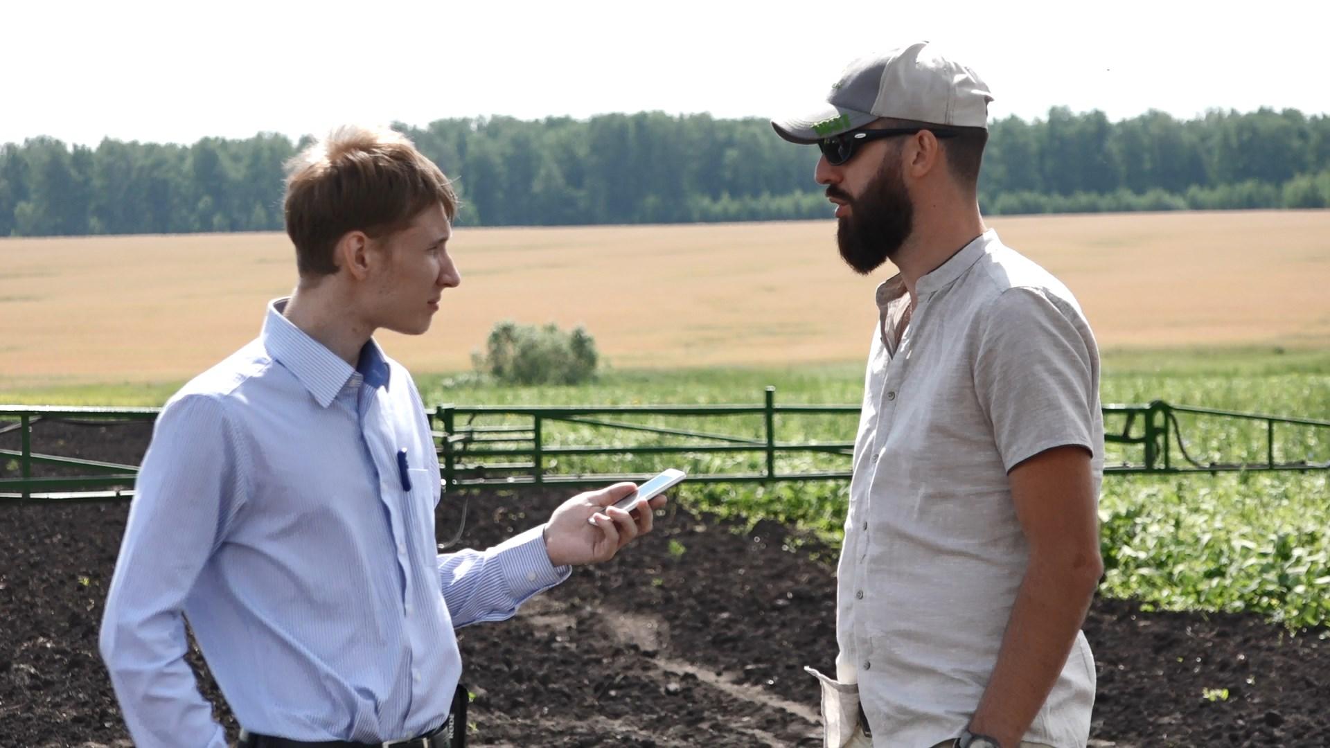 На полях Эко-Агрофермы «Михайловская» 10 июля 2018 года прошёл семинар:«Соя и рапс – современные технологии возделывания»