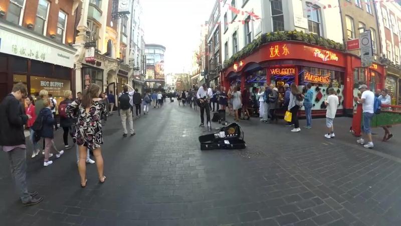London street musican - Summertime (guitar cover)