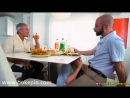 Ngentot Dengan Istri Teman Sekantor Di Meja Makan