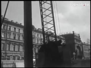 Cтроительство пешеходного перехода у Гостиного двора