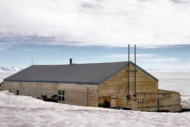 g3u mEOWsY4 - Заброшенные дома в Антарктиде: наследие полярников