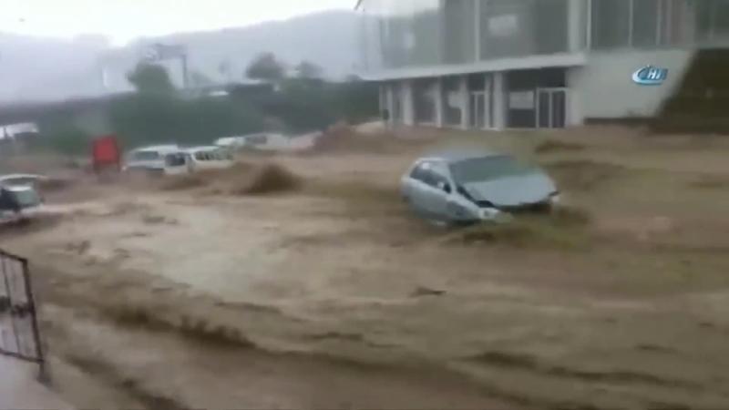 Наводнение в Турции _ Flood in Turkey [ 06.05.2018 ]