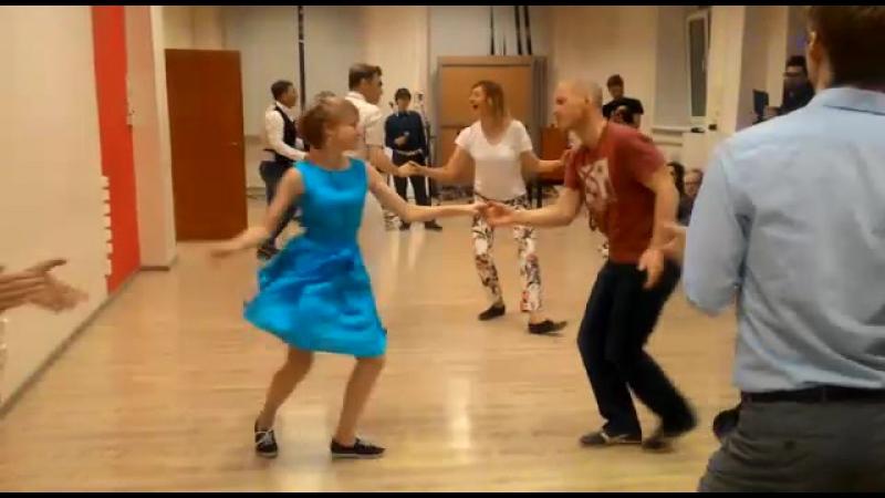 Maksim KochkinAnna Semchuk. Boogie-Woogie. Финал JJ Beginner. Осенний Jumping Fest 2017 г.Екатеринбург. 3 выход