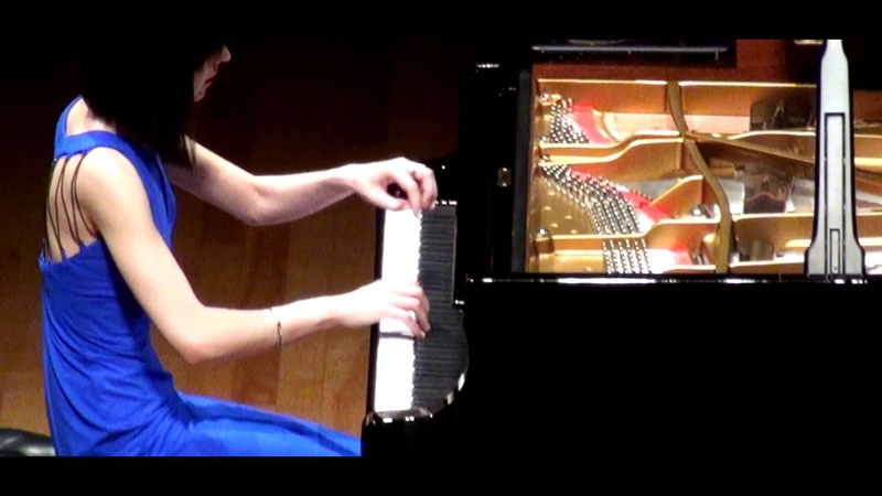Alice Sara Ott plays Liszt's La Campanella アリス=紗良・オット