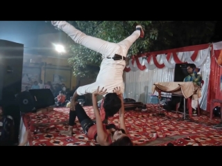 Bhojpuri HOT orchestra dance...TV channels Fel..new song Nahi HOTA ye sab Bihar me...