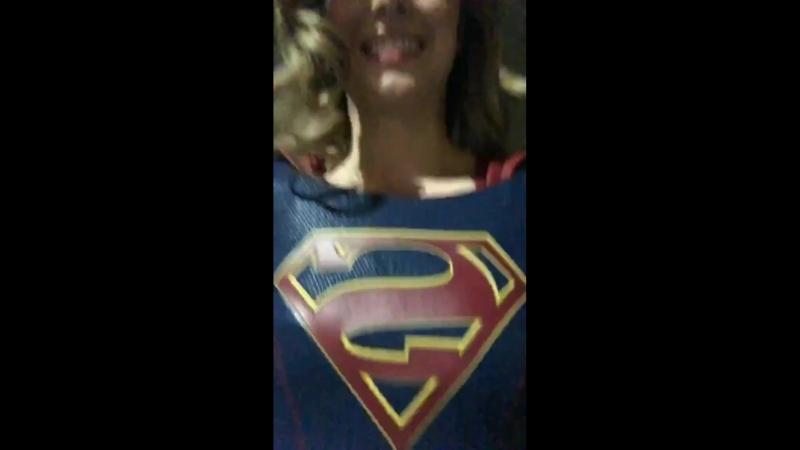 Мелисса Бенойст готова к съемкам Супергёрл!