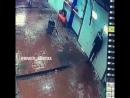 В Якутске водитель сбил работника автомойки «Либер», протаранив ворота