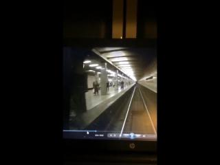 Попытка суицида в метро
