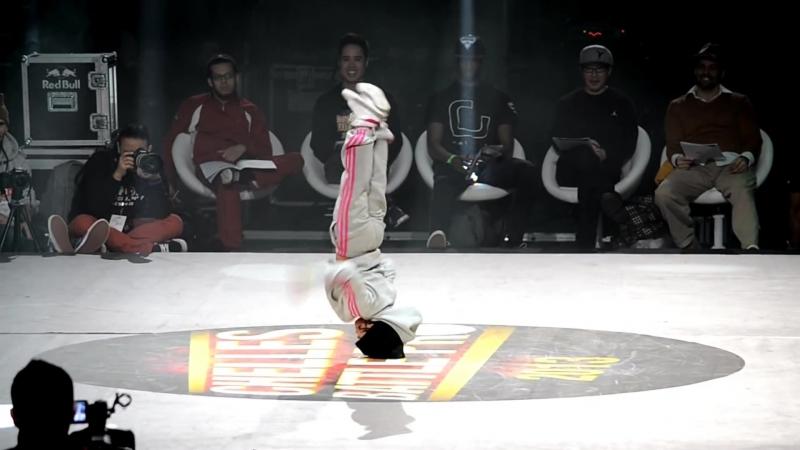Bboy Leelou VS Bgirl Terra 2013