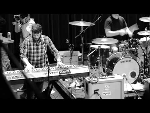 Mad Caddies - Down Out LIVE Pouzza Fest 2014