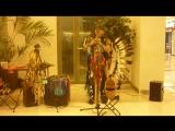 В Перми в Спешилове играет индеец из Перу