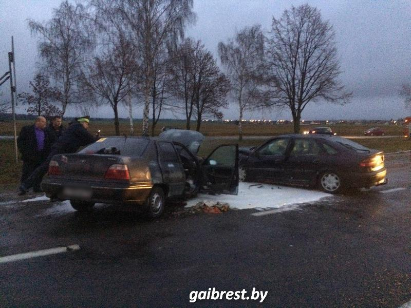 Лобовое столкновение в Столинском районе: четверо пострадавших в больнице